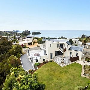 Sun, Sea, Sensational - Kaiteriteri Holiday Home photos Exterior