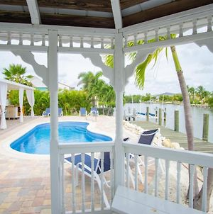 Ocean Breezes 3Bed/3Bath Open Water With Pool & Dockage photos Exterior
