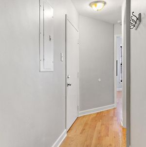 Live In Style Designer 2Br Festive Boystown Unit 2 photos Exterior