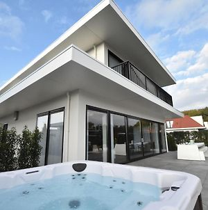 Splendid Villa In Zeewolde With Jacuzzi photos Exterior
