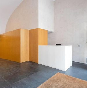 Stunning 2Bed2Bath In Eixample Two Minutes To Tube photos Exterior