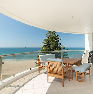 Oceanside Haven - Stunning Views Of Mauao, Main Beach And The Ocean photos Exterior