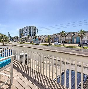 Vibrant Pcb Townhome With Private Outdoor Oasis photos Exterior