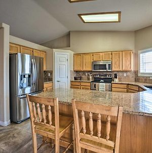 Havasu Family Home With Pool - Perfect For Holidays! photos Exterior