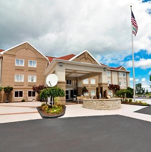Holiday Inn Express & Suites Port Clinton-Catawba Island photos Exterior