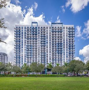 Enchanting Condo In The Heart Of Doral photos Exterior