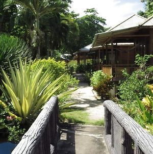 Two Fish Resort Bunaken photos Exterior