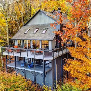 Stunning 4-Season Mtn Getaway With Deck And Fire Pit photos Exterior