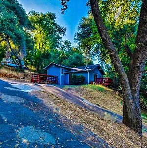 New! Cozy & Secluded House W/Deck - Near Yosemite! photos Exterior