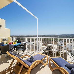 Summer Breeze Apartment With Panoramic Terrace With Bbq photos Exterior