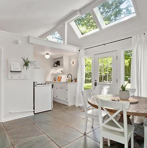 Greenhouse Cottage - 20 Percent Off Jan-Feb For 7 Or More Days! photos Exterior