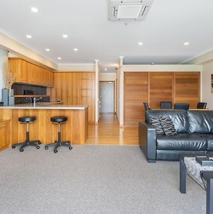 Qv Upscale Waterfront Apt With Wifi - 946 photos Exterior