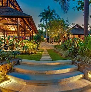Beautiful And Pleasant Villa To Experience Bali photos Exterior