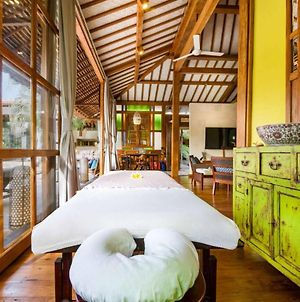 Traditionally Furnished Villa In Bali photos Exterior