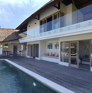 Stunning Holiday Villa Best Place To Spend Holiday photos Exterior