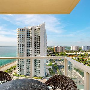 Corner Unit, Ocean Views! Luxury Condo, Modern! photos Exterior