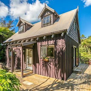 Forest And Bush Hideaway - Onetangi Holiday Home photos Exterior
