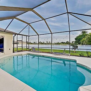 Stylish Getaway - Screened Lanai With Heated Pool Home photos Exterior