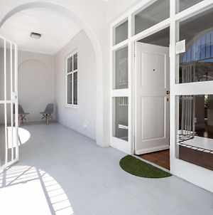 Very Spacious 5 Bedroom House In The Heart Of Sea Point photos Exterior