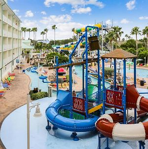 Harbourside At Marker 33 - Waterpark, Free Passes, Family Fun! photos Exterior