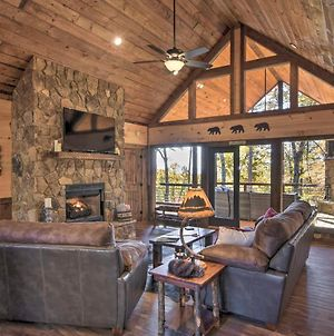 Luxury Cabin With 3 Fireplaces, Mtn Views And Hot Tub! photos Exterior