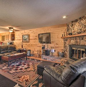 Red River Retreat In Town With Mtn Views And Yard photos Exterior