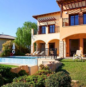 Kouklia Villa Sleeps 4 With Pool And Air Con photos Exterior