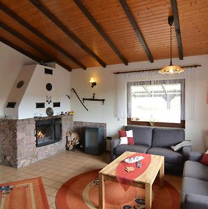 Cozy Holiday Home Near The Forest In Grossropperhausen photos Room
