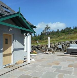 Rose Cottage With Hot Tub Near Glenshee, Perthshire photos Exterior