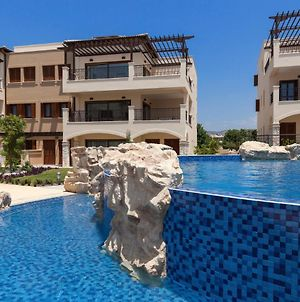 Kouklia Town House Sleeps 4 With Pool And Air Con photos Exterior