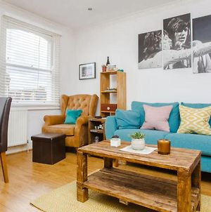 Light And Airy 1 Bedroom Flat In Stoke Newington photos Exterior