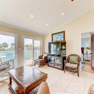 Summer Wind, 4 Bedrooms, Private Pool, Next To Beach, Sleeps 8 photos Exterior