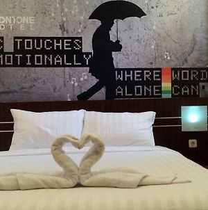 Jav Front One Hotel Lahat photos Exterior