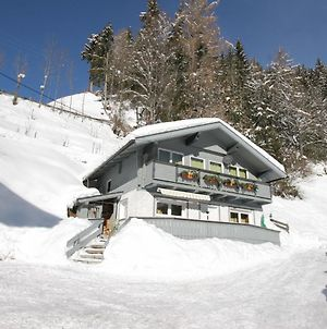 Lovely Holiday Home In Matrei In The Mountains photos Room