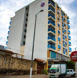 Apartahotel Plaza Real Melgar photos Exterior