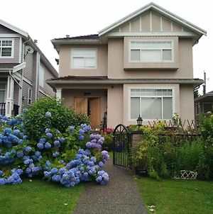 Helen'S House / Close To Skytrain And Airport photos Exterior
