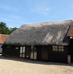 The Thatched Barn photos Exterior