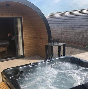 Superior Glamping Pod With Hot Tub photos Exterior