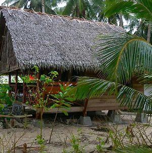 M.I.A Surfcamp Mentawai Islands photos Exterior