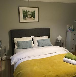 Luxurious Double Bedroom With En-Suite, Private Lounge, Continental Breakfast photos Exterior