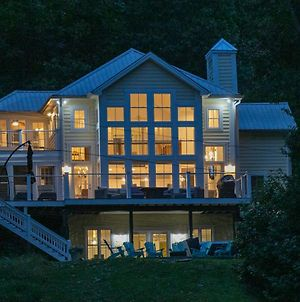 Modern Farmhouse Style Chalet With Amazing Kentucky Lake Views - Dock, Hottub And Firepit! photos Exterior