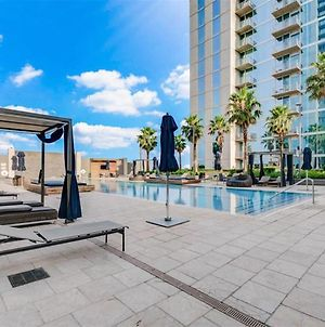 Sky Life Luxury Suites Texas Medical Center photos Exterior