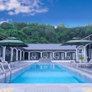 Cenang Rooms With Pool By Virgo Star Resort photos Exterior