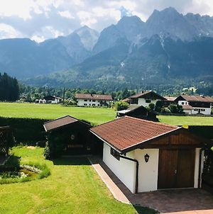 """The View Chalet"" Luxury Garmisch Resort-Home Office -Beruflich-Ok! photos Exterior"