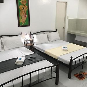 Silang-Tagaytay Transient Rooms For 10 To 15 Pax photos Exterior