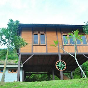 Rumah Ttorre Bungalow photos Exterior