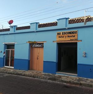 Rio Escondido Hotel Y Hostal photos Exterior