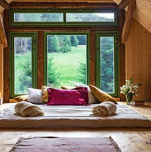 Attic, Tipi & Treehouse In Gorgeous Natural Area photos Exterior