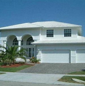 Gulf Coast Holiday Homes Marco Island photos Exterior