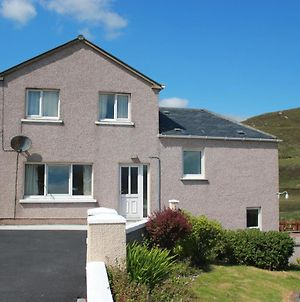 73 Westend, Balallan, Isle Of Lewis photos Exterior